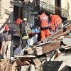 Sopravvivono al Terremoto Grazie alla Nonna