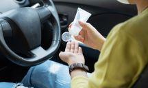 Gel igienizzante mani: è sicuro lasciarlo in auto?