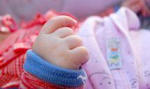 500 bambini adottati bloccati all'estero a causa del Covid-19