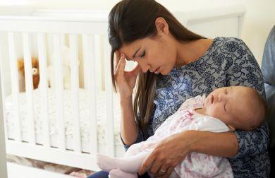 """Neo mamma disperata: """"Rimpiango di avere un bambino"""""""