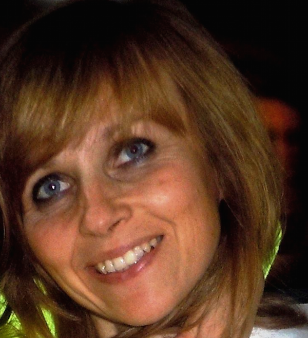 Barbara Agnieszka Wojciechowska, 42 anni, bionda, occhi azzurri, mamma di 3figli è scomparsa da Ponticelli, Napoli. Dal 14 Dicembre non si hanno più notizie