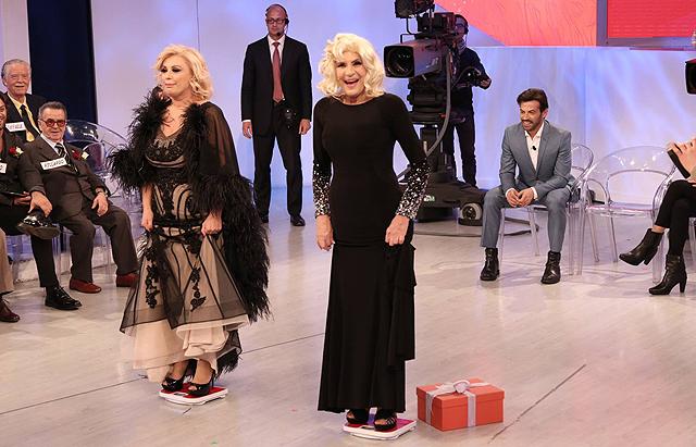 Tina Cipollari si Pesa in Tv: Ecco Cosa Dice la Bilancia
