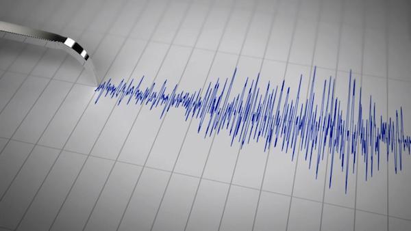 Napoli, lieve scossa di terremoto sul Vesuvio: magnitudo 2.1