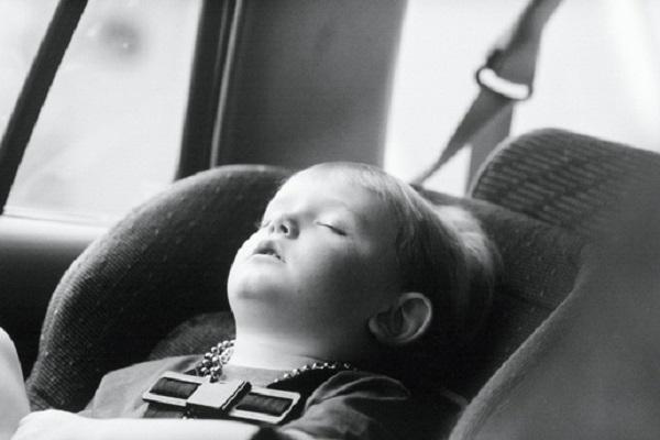 Dimentica i Figli in Auto al Sole: Morti due Fratellini