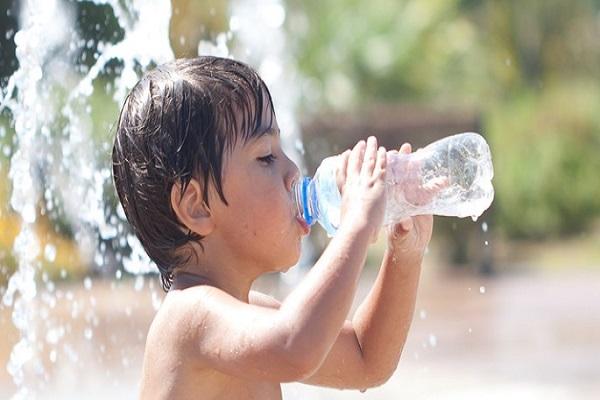 come prevenire la disidratazione nei bambini
