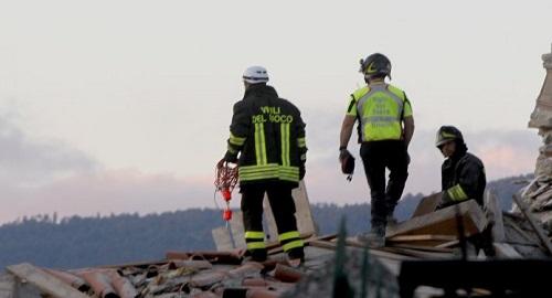 vittime terremoto lettera per Giulia