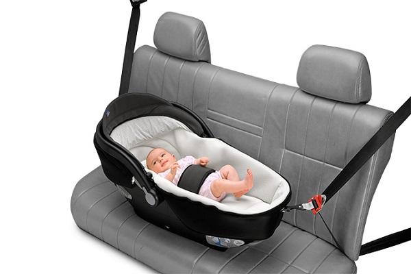 Bambini in Auto: 10 Errori più Comuni e Pericolosi