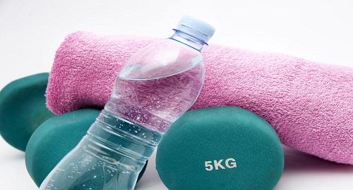 dimagrire bevendo tanta acqua per perdere peso
