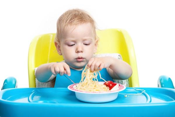 Piatti di Melamina per Bambini: Pericoli e Accortezze