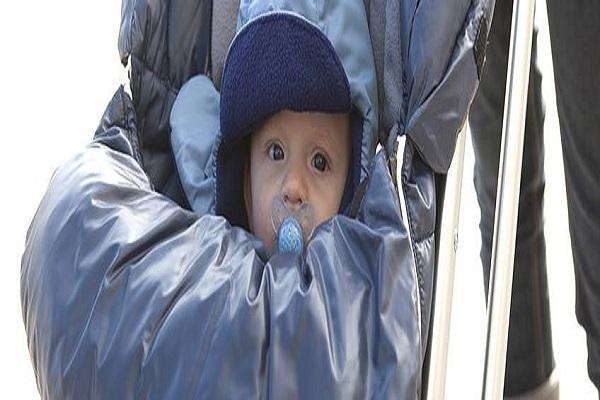 uscire con il neonato in inverno come vestirlo