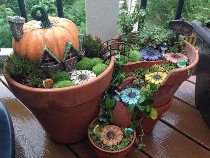 DIY-Broken-Pot-Fairy-Garden-Ideas-11