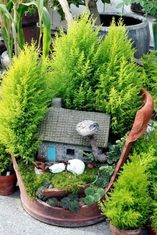 minigarten-kaputter-blumentopf