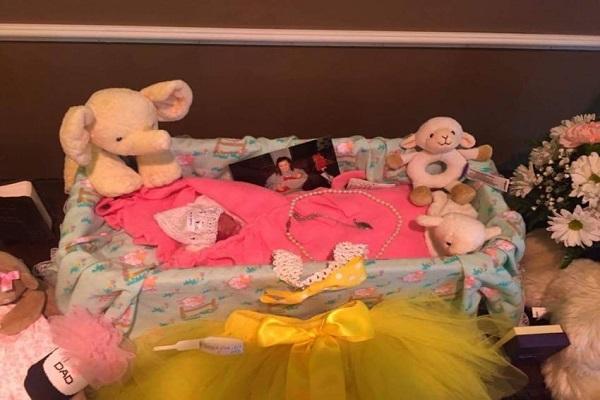 neonata prematura sopravvive due ore