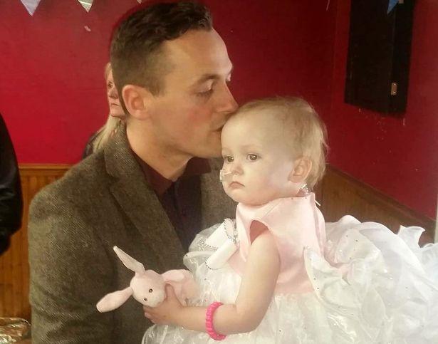 Bambina morta perché malata di tumore