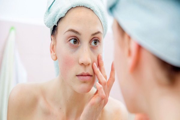 pulizia viso come fare