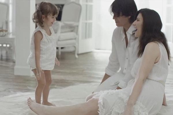 Laura Pausini Avverte i Fans, l'Annuncio Riguarda la Figlia Paola