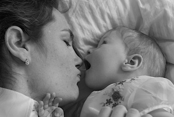 Mamma e Bambino. Il Neonato è in grado di riconoscere la sua mamma?
