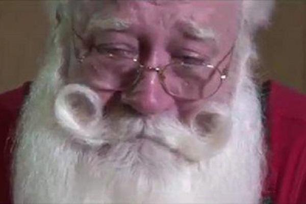 un bimbo muore Babbo Natale
