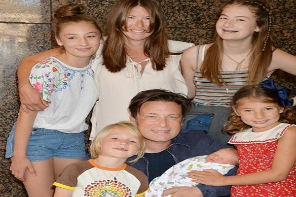 jamie oliver e il 5 figlio