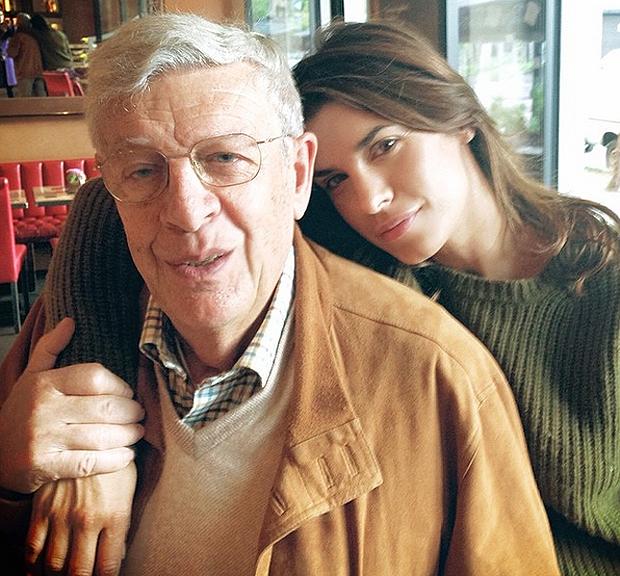 Il tenero messaggio di Elisabetta Canalis per la scomparsa del padre