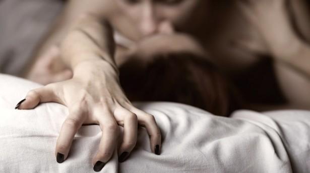 come fare l'amore e farlo impazzire a letto
