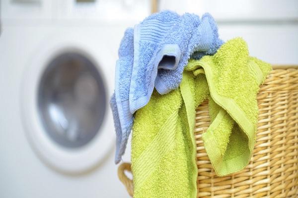 Asciugamano Doccia: Ogni Quanto si Deve Lavare