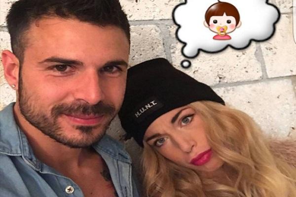 Aurora Betti Annuncia la Sua Dolce Attesa (Video)