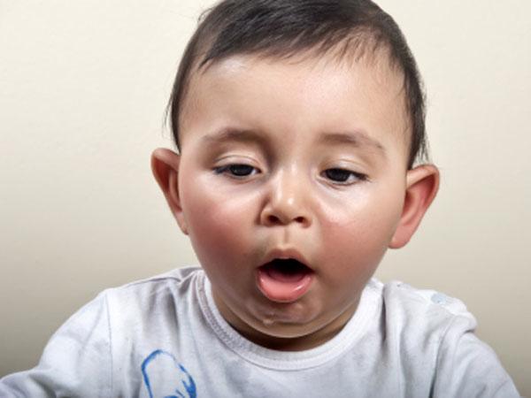 Prevenire il soffocamento nei neonati e nei bambini