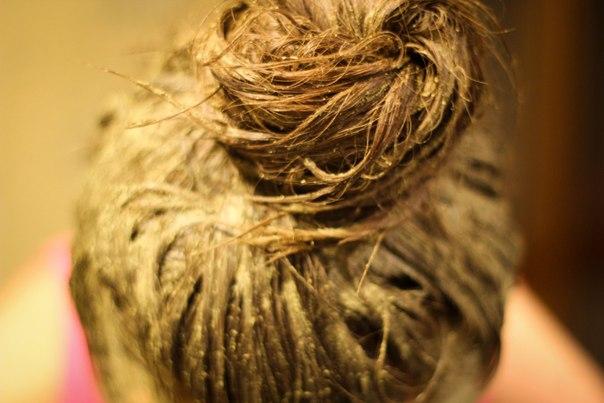 tingere i capelli bianchi con tintura naturale