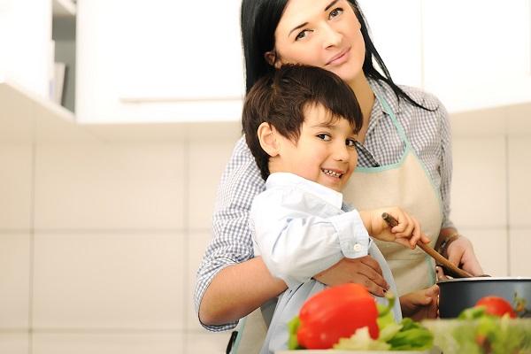 Festa della mamma: cosa regalare ad una mamma che ama cucinare