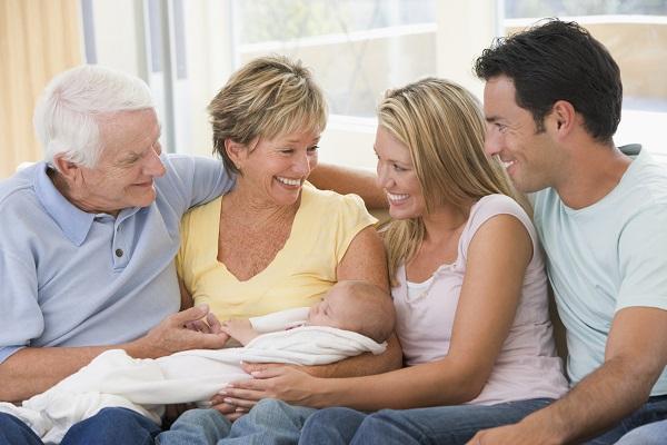 Parenti a casa dopo il parto: 10 cose da non fare