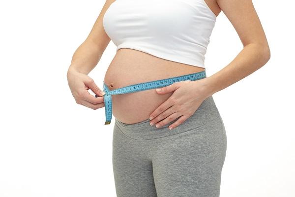 Quanti chili si perdono dopo il parto naturale o cesareo