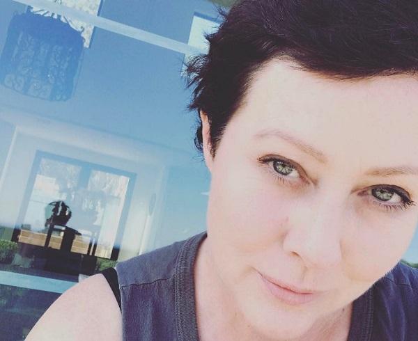 Shannen Doherty ritorna sul set dopo la malattia