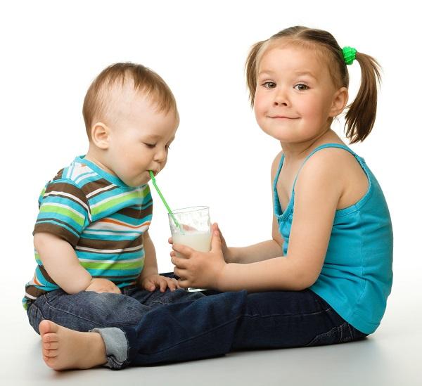 """intolleranza al lattosio: dieta """"sostitutiva"""" per bimbi"""