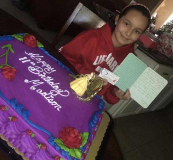 Ashely Jodell: la mamma che regala torte agli sconosciuti