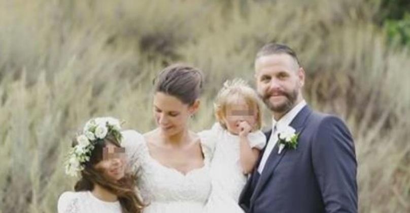 Bianca Balti cancella tutte le foto del matrimonio e del marito