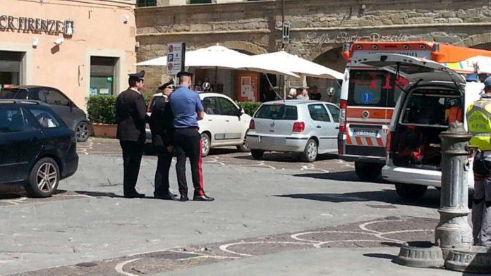 Bambini dimenticati in auto dai genitori, mamma arezzo assolta