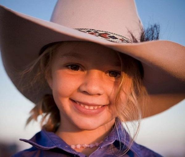 Dolly Everett: vittima di bullismo si suicida a 14 anni