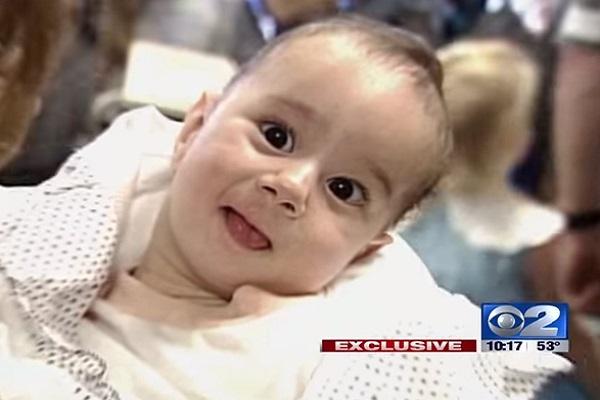 Gabe Adams: bambino nato senza braccia e senza gambe
