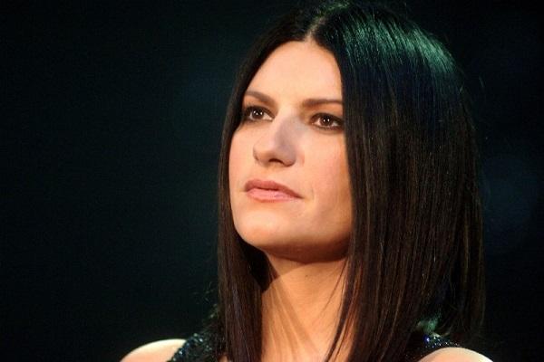 Laura Pausini non sta bene: incerto Sanremo 2018