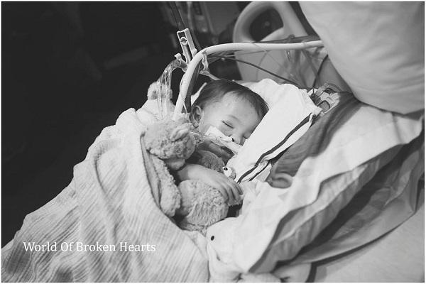 Addy Rogers muore a soli 2 anni, aspettava un cuore nuovo