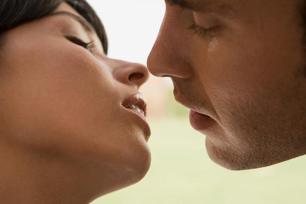 Significato dei baci: 11 diversi tipi di bacio