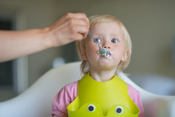 Far mangiare il pesce ai bambini: 7 buoni motivi