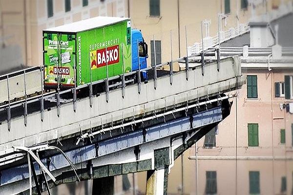 Camion in bilico sul ponte Morandi: autista miracolato