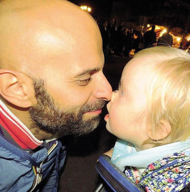 Luca Trapanese adotta bambina down