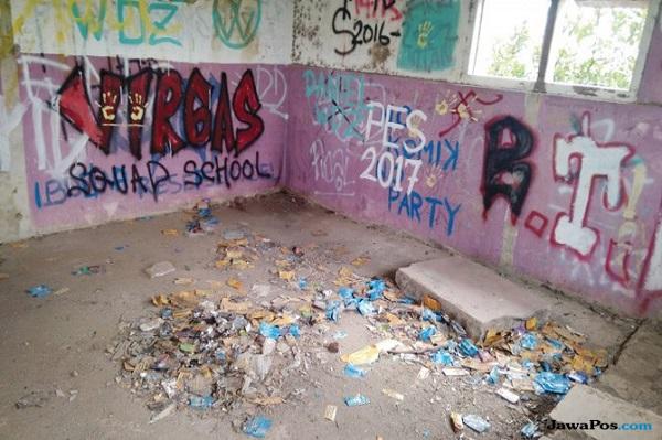 Assorbenti sporchi usati dai bambini come droga