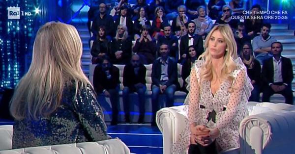 Elena Santarelli a Domenica In: come sta il figlio Giacomo