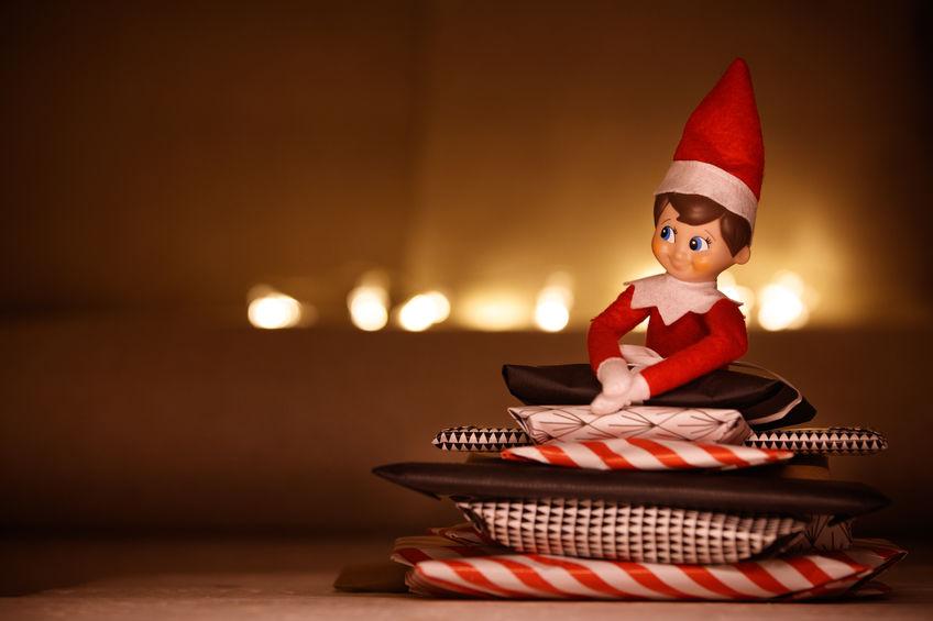 elfo sulla mensola