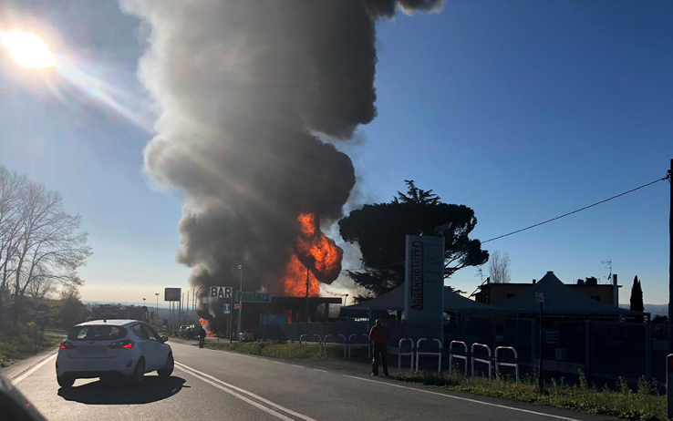 esplosione della cisterna sulla via Salaria