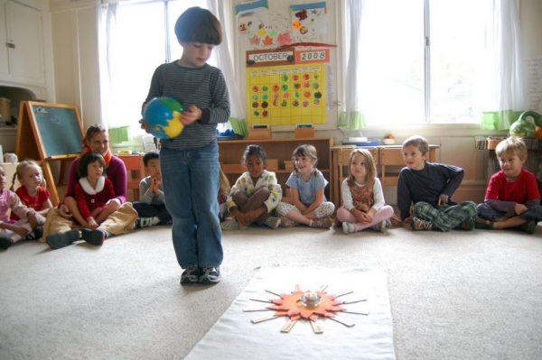 Rito Montessori del compleanno, immagine di repertorio - fonte web